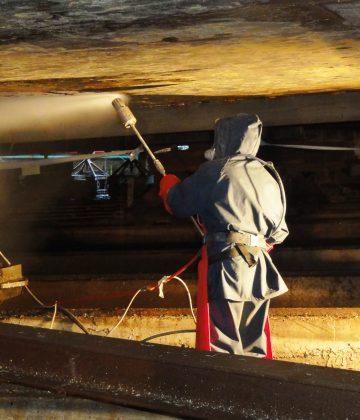 Remoção de betuminoso 2500 bar